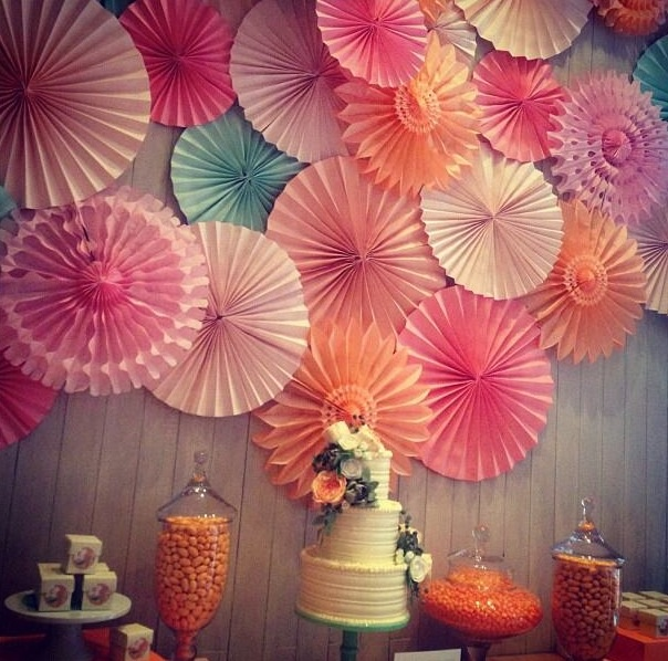 16 best spring party decoration ideas images on pinterest for Spring dance decorations