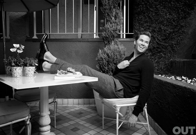 Andrew Rannells: 'I'll Show Anything!'    http://www.out.com/entertainment/popnography/2013/01/14/andrew-rannells-girls-hbo-nudity    #popnography #andrewrannells