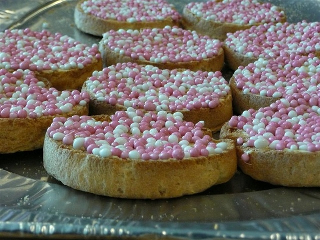 beschuit met muisjes, this is a typical Dutch treat to celebrate a new born baby