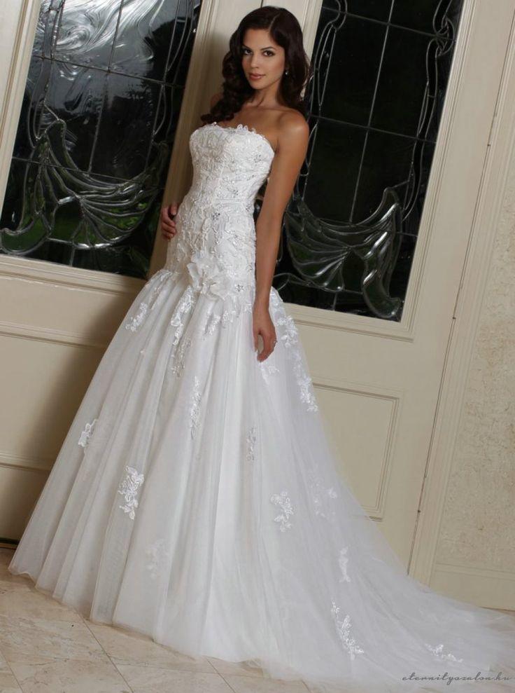 Wendy White esküvői ruhánk