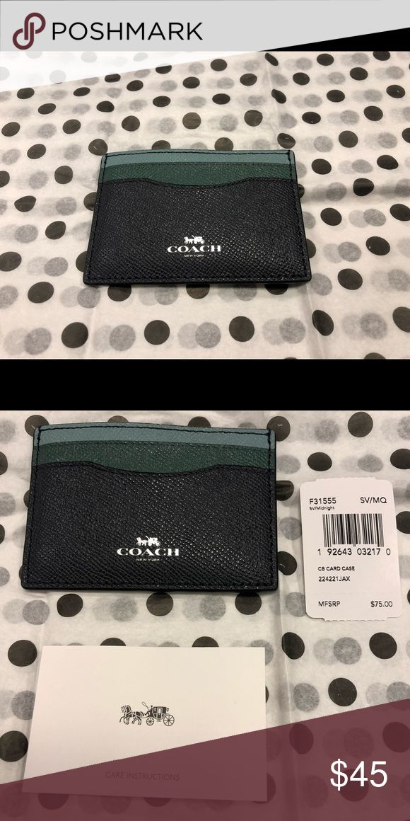 🏷 COACH credit card holder 2 slot double sided & center pocket holder.  Leath…