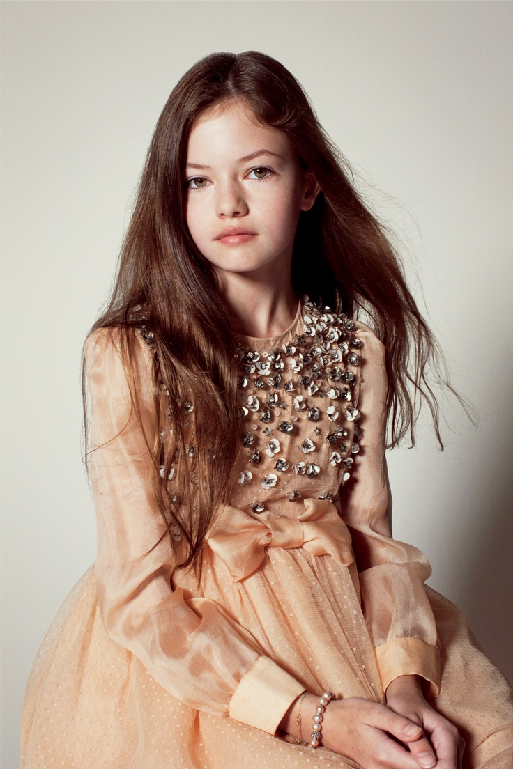 Mackenzie Foy wearing Valentino will be appearing in the Twilight Saga: Breaking Dawn—Part 2