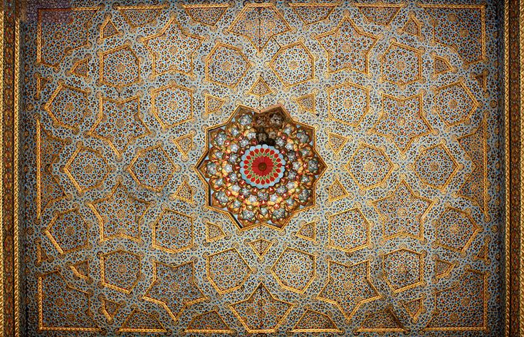 7 beautiful mosque ceilings you're going to love