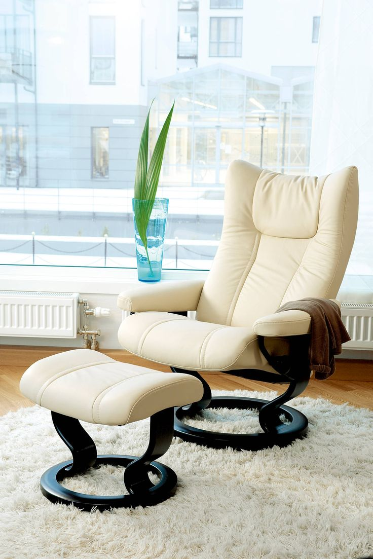 Stressless consul small chair and stool in batick leather - Stressless Wing Recliner In Cori Leather Color Vanilla With Classic Base Wood