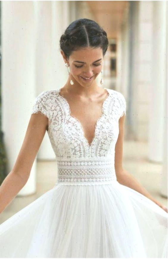 Lacechiffon Mode Hochzeit Hochzeitwinter Lacechiffon Mode In 2020 Ball Gowns Wedding Wedding Dresses Fantasy Wedding Dresses