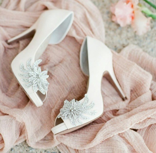 The Left Bank Jewelry Bridal Finery Is A Wedding Boutique Featuring Comfortable Shoes By Angela Nuran Unique Hairpieces