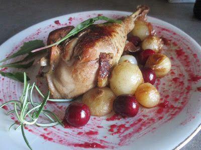 FORNELLI IN FIAMME: TURKEY LEG WITH CHERRIES AND BORETTANE ONIONS - Coscia di tacchino con ciliegie e cipolline borettane