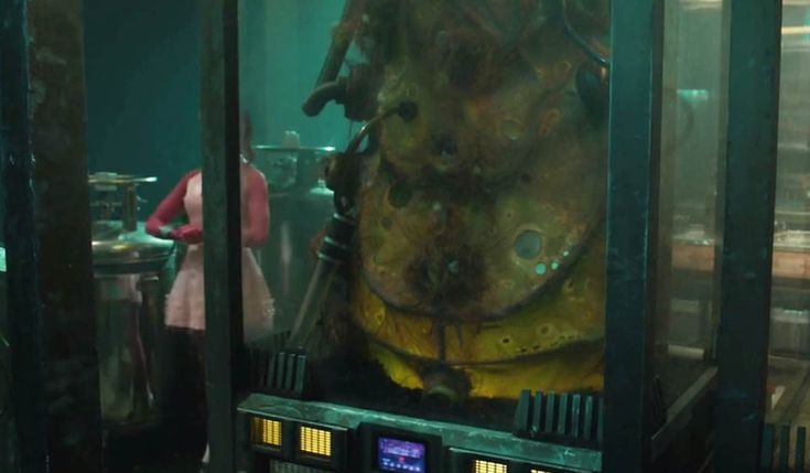Guardians of the Galaxy: James Gunn Confirms That IS Adam Warlock's Cocoon