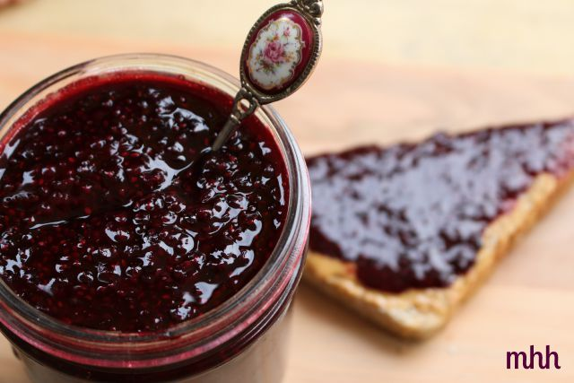 Whip up a batch of fresh, jam the second that it runs out - with blackberry & chia seed jam, there's no need for large-batch, high-heat canning methods!