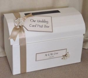 wedding post box... Would be good I keep all the cards together @colleen