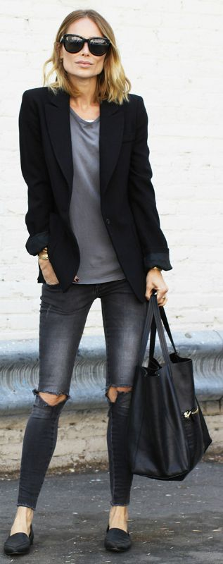 You can easily go for a somewhat monochrome look. The black blazer and faded black jeans certainly works for Anine Bing  All Items: Anine Bing