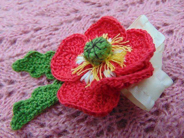 Floare de Lumina: Broșă - floare croșetată