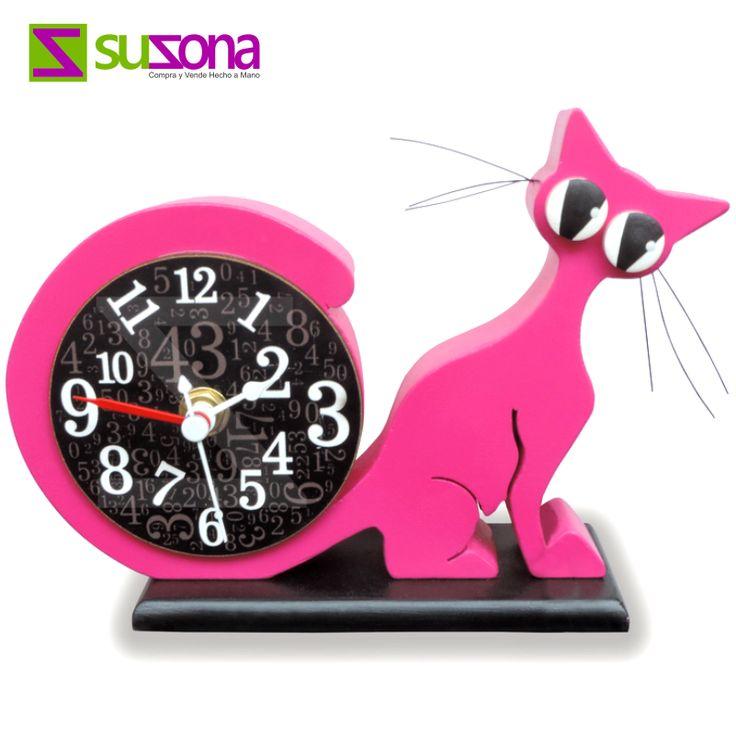 ¡Dale un toque divertido al espacio de tus niños! Koncepto Tienda Virtual te trae hermosos #relojes decorativos pintados a mano.