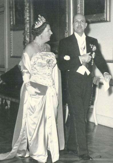 Queen Juliana of the Netherlands and King Umberto II of Italy