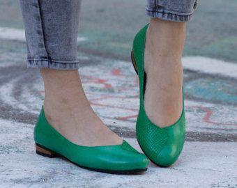 Originele prijs: $120 //Web prijs: $105 Gratis verzending wereldwijd  ▶▶▶ Bangi van Piano Oxford schoenen ◀◀◀  Een verbazingwekkende oxford schoen gemaakt van kwalitatief hoogwaardig leer. met een 1.6cm/0.6 hiel. De bekleding is gemaakt van super sterke vegan leder, en een lichtgewicht EVA zool. Deze oxford schoen past alle seizoenen, en kan worden gebruikt als toevallige of fancy accesory.  ▶▶ Aavailable kleuren: Rood: http://etsy.me/1zMCAQW Blauw: http:/&#...