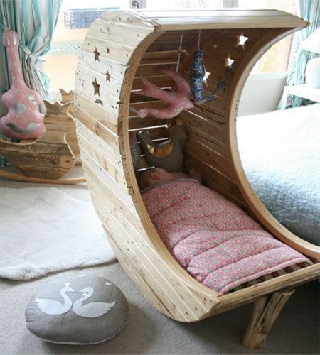 diy moon bed- crescent moon crib, such a cute idea!!