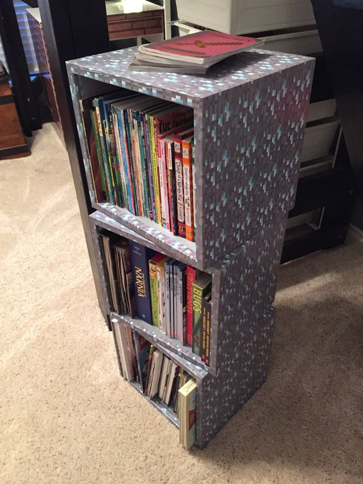 Minecraft bookshelf cubes: wood cube boxes with mod podge Minecraft wrapping paper!