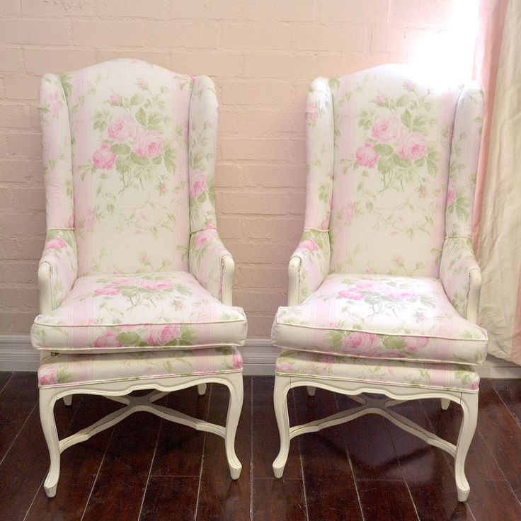 7150e38d40e483d336f602cc2d96dda0--striped-linen-pink-chairs