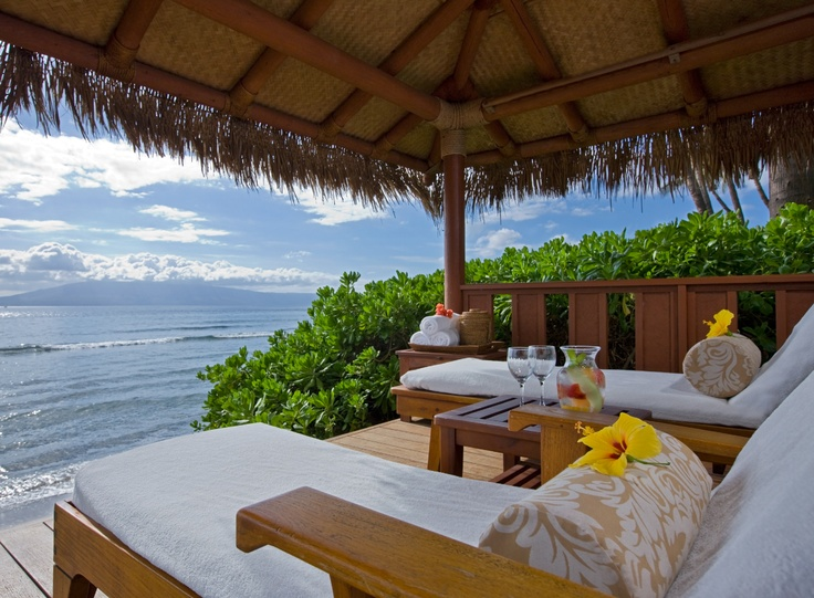 Blue skies, blue sea, and privacy … in a beachfront cabana.