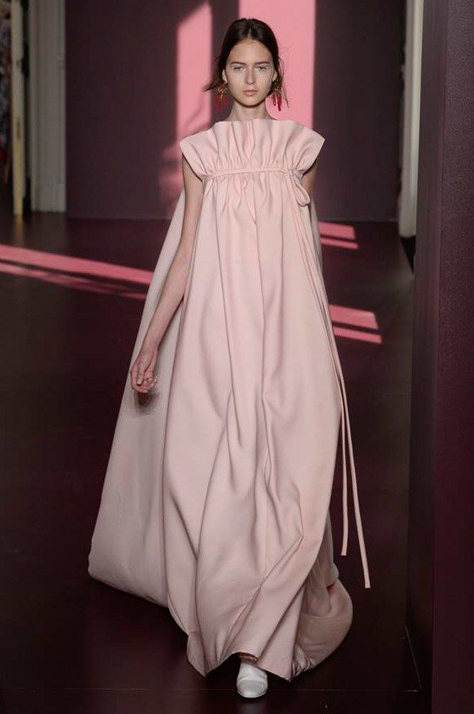 Valentino Fall 2017 Couture Fashion Show