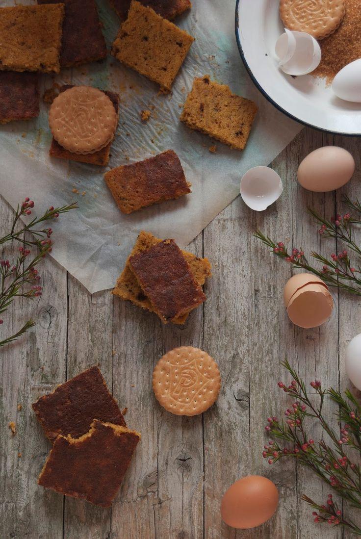 La asaltante de dulces: Receta de blondie de galletas Príncipe/ Cookie blondie recipe