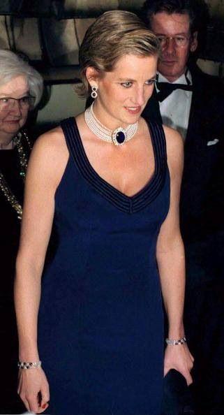 PRINCESS DIANA wears Catherine Walker