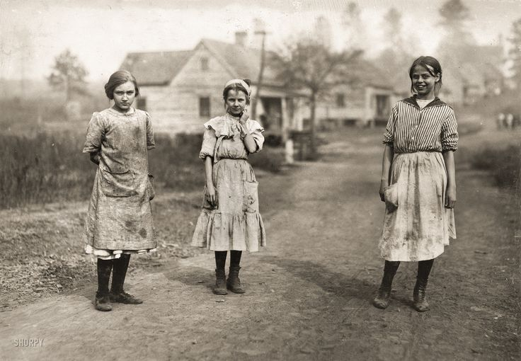 """November 1913. """"Some of the young workers (not the youngest) in the Kosciusko Cotton Mills. Superintendent objected to my taking photographs. Location: Kosciusko, Mississippi."""" Photograph by Lewis Wickes Hine. Shorpy Historic Picture Archive"""