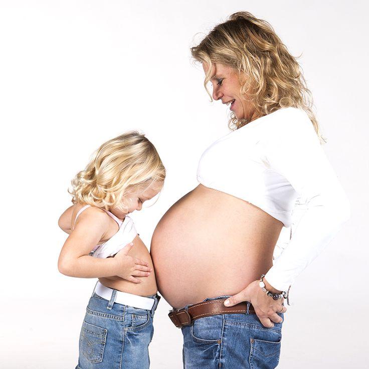 Zwangerschapsfotografie in Zoetermeer, Rotterdam en den Haag, zwanger fotoshoot