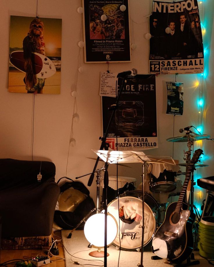 """To keep with the lights theme; here is where magic happens @blumunband #musicmonday"""