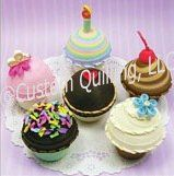 Quilled Creations Cupcake Treasure Boxes Quilling Kit @ Custom Quilling Supplies - Create six different cupcake treasure boxes that can be filled with real treats! Includes instructions and quilling paper. www.customquilling.com