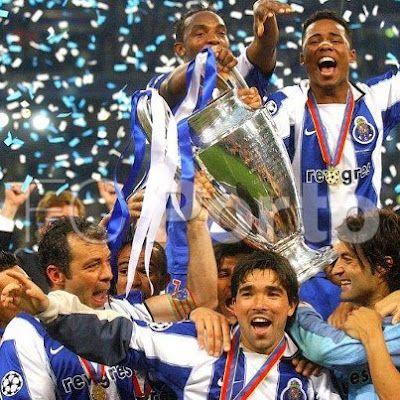 Deco e team FC Porto 2004