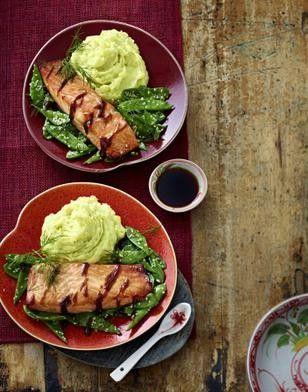 Teriyaki-Lachs mit Wasabi-Kartoffelstampf und Sesam-Zuckerschoten Rezept - Chefkoch-Rezepte auf LECKER.de   Kochen, Backen und schnelle Gerichte