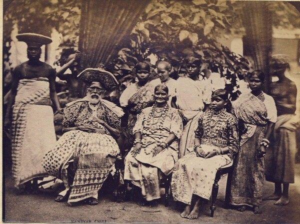 Family Photograph of a Kandyan chief - Ceylon (Sri Lanka) 1880's