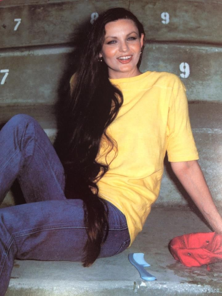 141 Best Images About Crystal Gayle On Pinterest Country