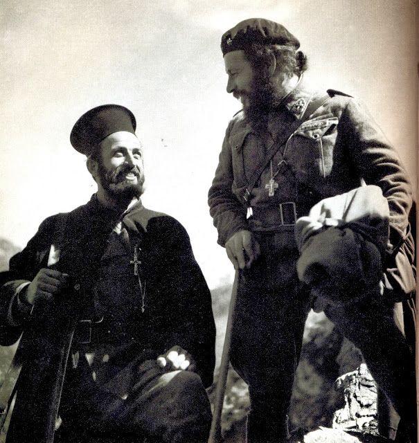 Συγκλονιστικές Φωτογραφίες της Αντίστασης από τον φακό του Σπύρου Μελετζή (αναδημοσίευση) πηγή: Ο Σπύρος Μελετζής (20 Ιανουαρίου 1906 – 14 Νοεμβρίου 2003) ήταν Έλληνας φωτογράφος, γεννημένος στο χ...