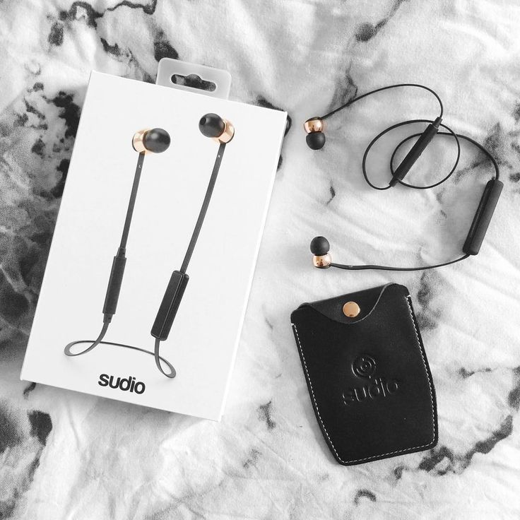 Black and rose gold. Vasa Blå from Sudio Sweden #SudioMoments  Use code PAIGE for 15% off! @sudiosweden