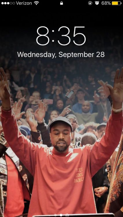 buzzfeed:  People Are Making Their Phone Backgrounds A Pic Of...  buzzfeed:  People Are Making Their Phone Backgrounds A Pic Of Kanye Because Of One Guys Tweet  Well this is perfect.  P.S. here you go:   Tags: Kanye West Kanye needs to notify you laugh Published: September 30 2016 at 02:33PM