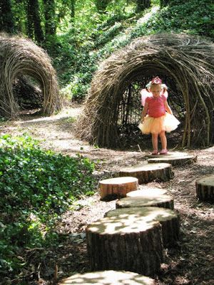 Natural Playground Inspiration {Outdoors Play, Organic Playgrounds}