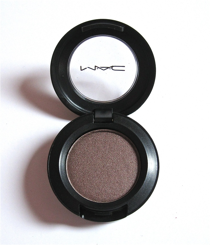 Mac Satin Taupe eyeshadow.. a must! always on deck w/ this stuff..
