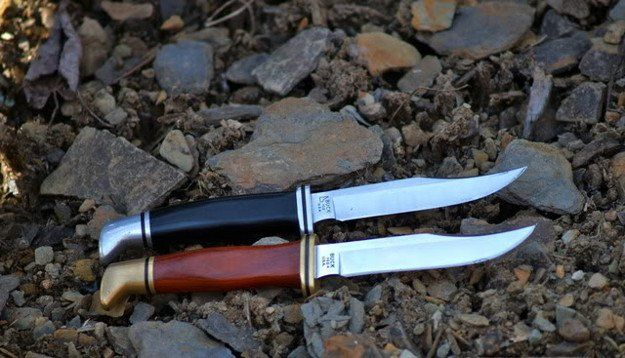 102 Buck Woodsman Knife | Hunters Want These Buck Hunting Knives With Them At All Times