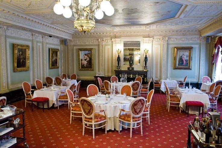 Taleon Restaurant in Eliseev Palace, st. Petersburg