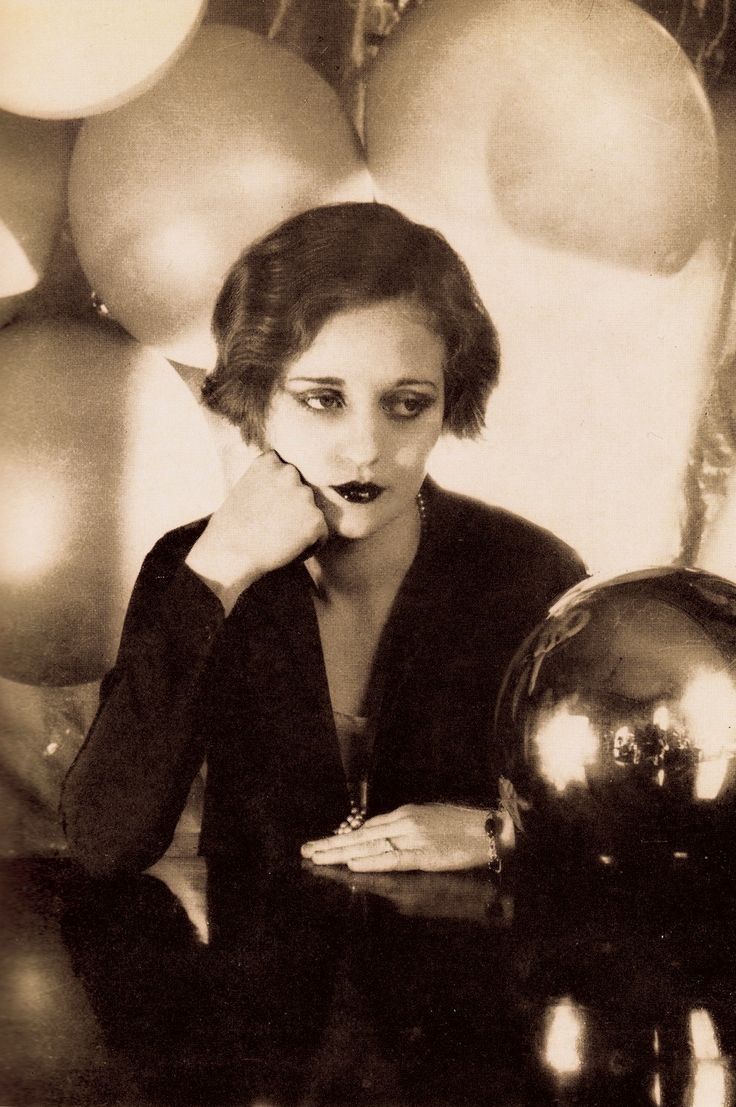 TALLULAH BANKHEAD 1920's by CECIL BEATON (detail) In those days, the 20's on the London stage, Tallulah had a huge following amonst the very young theatre goers, students & fans who paid every night to see her again & again, cheering her on. Thus she was called the 'Darling of the Gods' as the highest furtherest away part of the audience, the cheapest seats, was called 'the Gods' (please follow minkshmink on pinterest) #tallulahbankhead #twenties