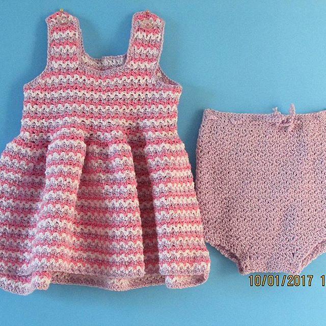 Fresquito vestido, en hilo, especial para los calurosos días de enero #verano #crochet #vestido #knitting #hilo #regalo #guagua #hechoamano #scl #handmade #crochetbaby #tejido