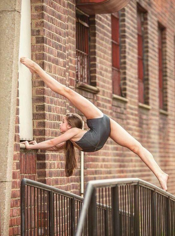 Tate McRae | dance in 2019 | Dance, Dance poses, Dance ...