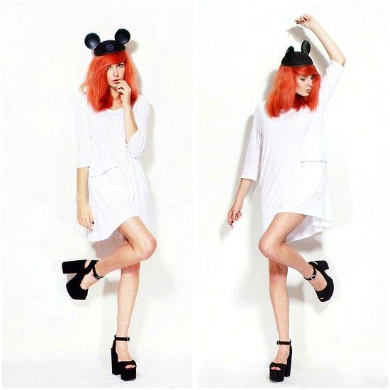Miki Mous Hat, Monki Zip Dress, H Black Heels CHANEL h&m fashion style grunge girl polishgirl cracow karusza