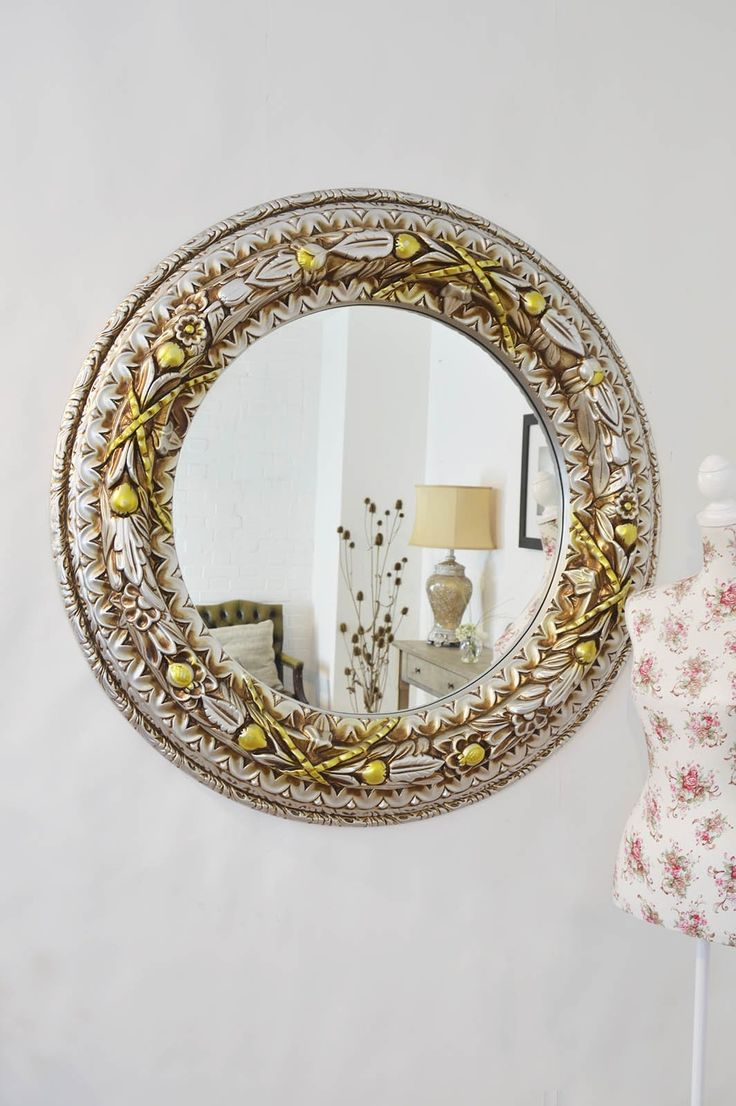 191 best images about mirrors on pinterest baroque for Large round gold mirror