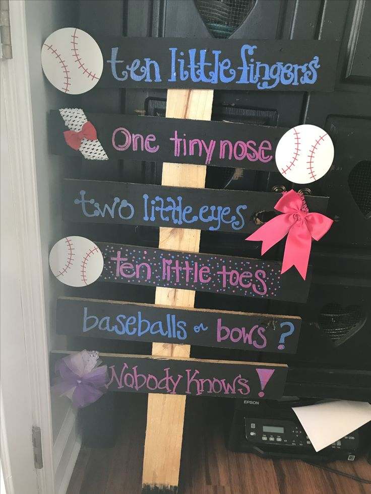 Gender reveal (baseballs and bows)