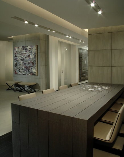 Interior of the Mizner Park residence designed by Eric Dyer _ feature wall and embedded potlights