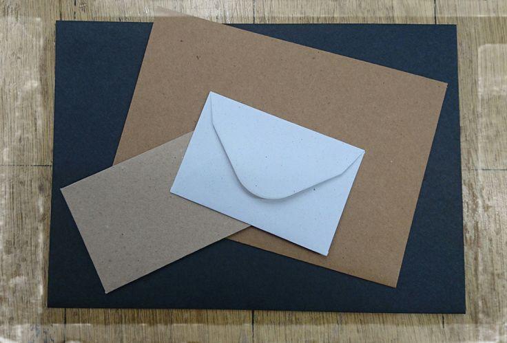 Enveloppen in allemaal verschillende maten en kleuren, natuurlijk bij Harolds
