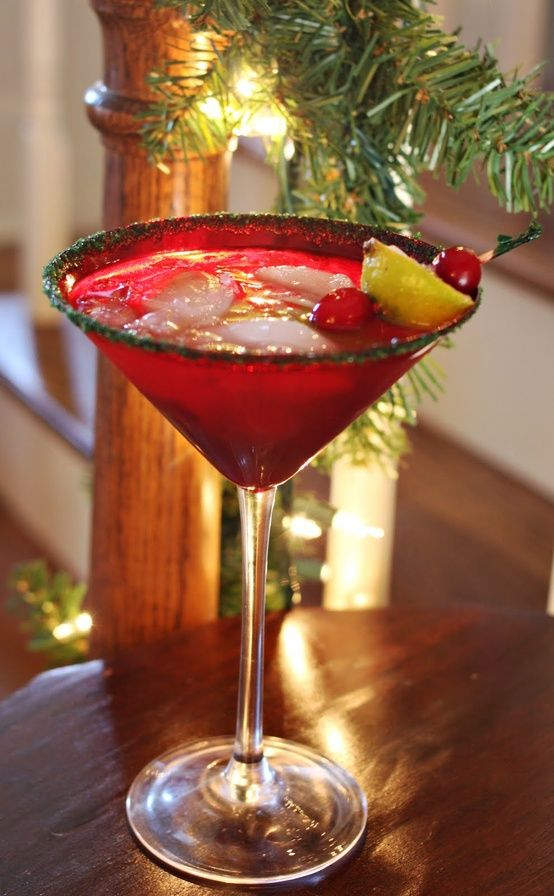 Christmas Cranberry Margarita ~ garnish your cocktail with a thin slice of lime and a cranberry threaded with a skewer